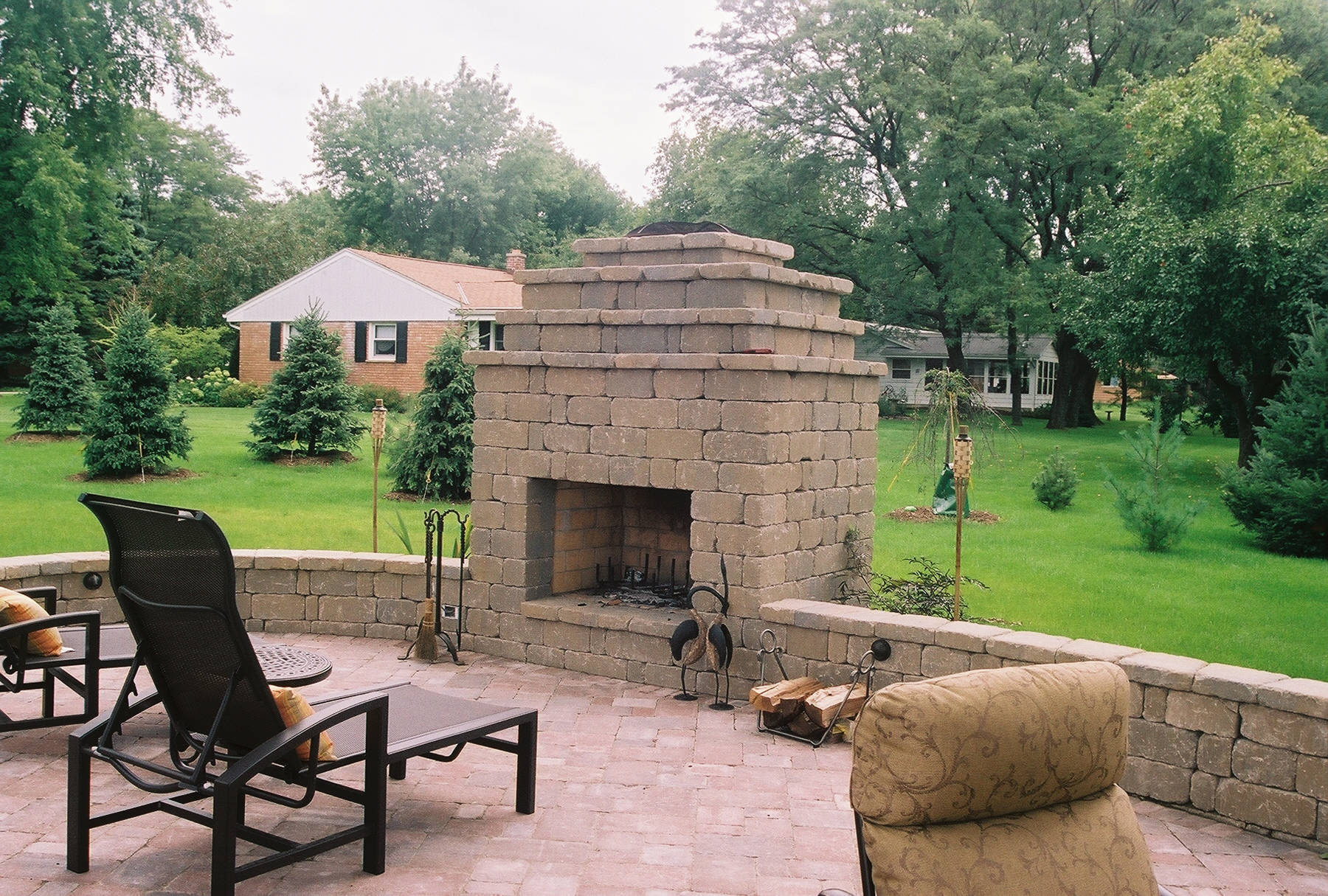 stonegate country manor fireplace and wall Madison Block Stone